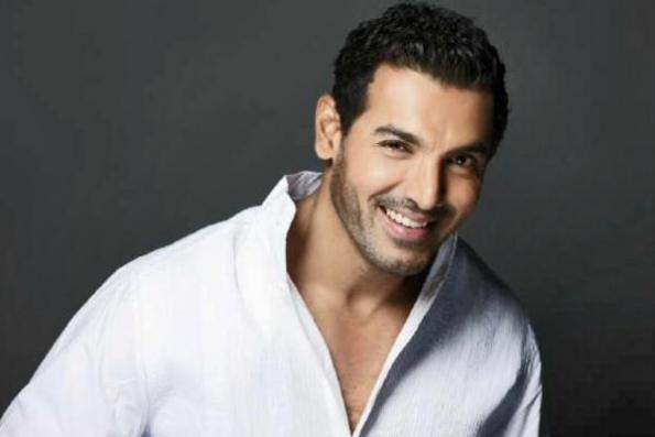John Abraham injures his knee during the shoot of Force 2