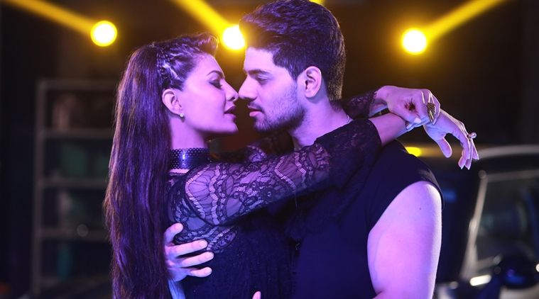 Sooraj Pancholi romances Jacqueline for an upcoming single 'GF'
