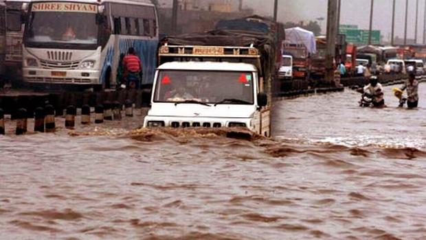 water_logged_gurgaon_img