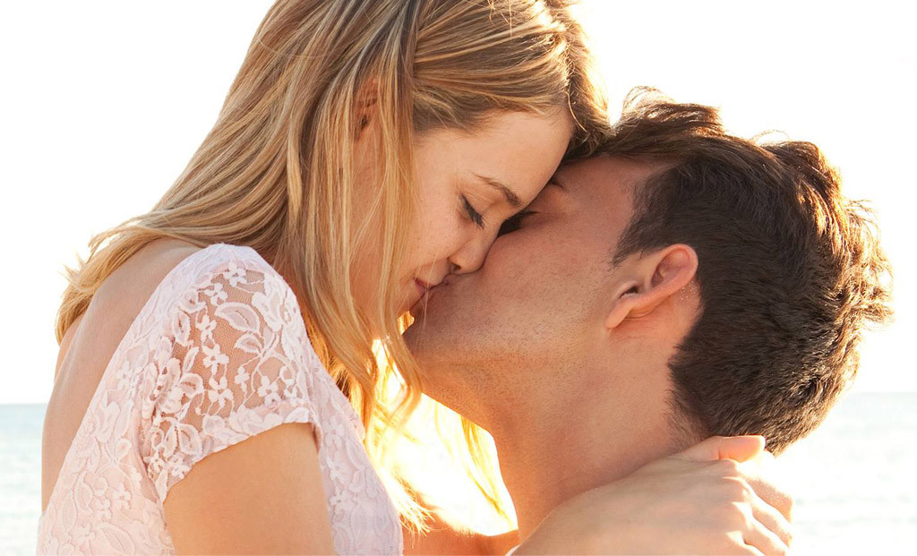 करें रोमांचक चुम्बन जो आपको कर दे तरोताजा