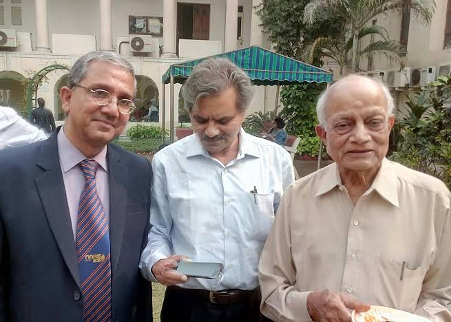 Dr. H.Y. Mohan Ram