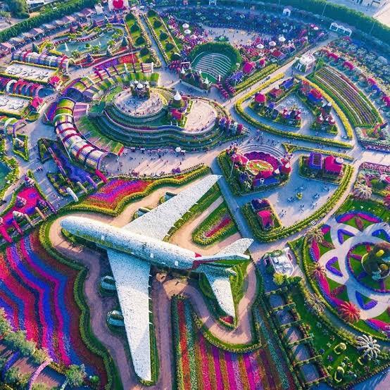 Dubai Miracle Circle