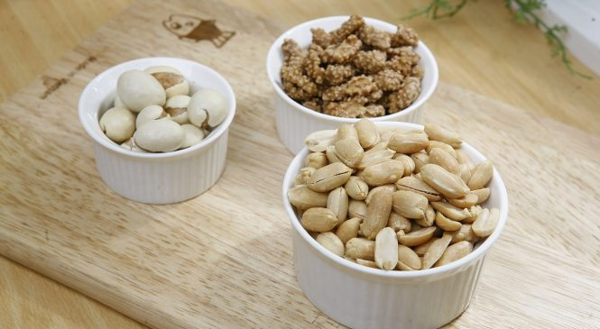 What are the benefits of different dry fruits?